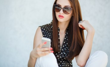 Texting An Ex Boyfriend (The New Rules)