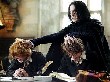 snape knocking heads together